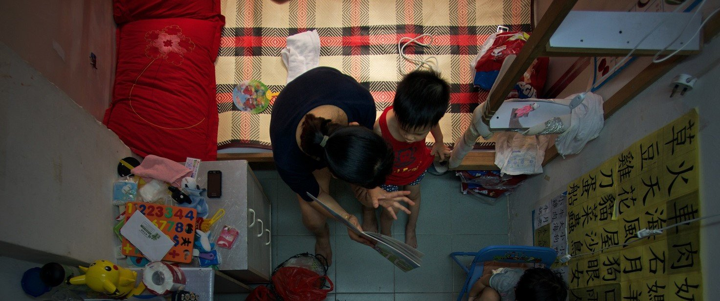 Women's labour force participation rate only accounts for 20.7 per cent of that of poor households, which is far less compared to 35.5 per cent among men. (Photo: Ko Chung Ming/Next Plus)